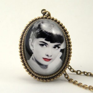 NCN18_audrey_necklace