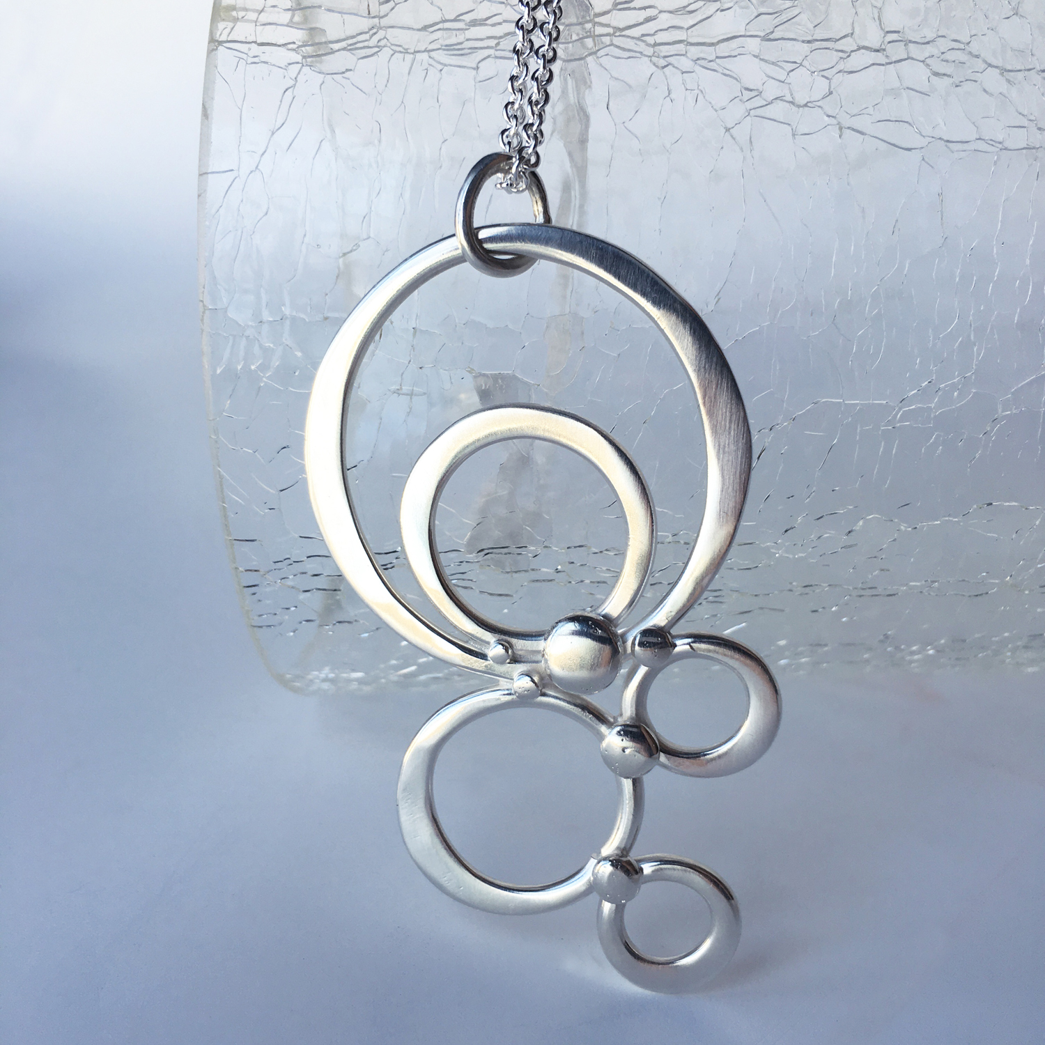 fused circle necklace_3.16a